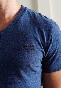 Superdry - VINTAGE  - Basic T-shirt - vivid cobalt grit - 1