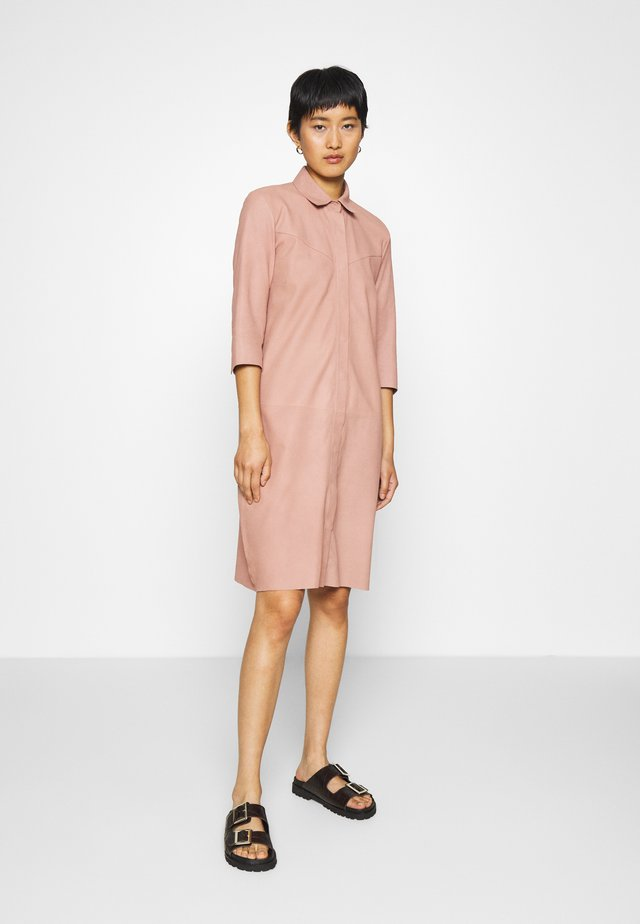 DRESS - Blousejurk - dusty rose