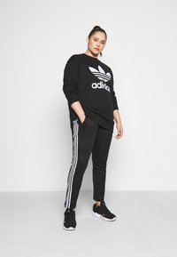 adidas Originals - PANTS - Tracksuit bottoms - black/white - 1