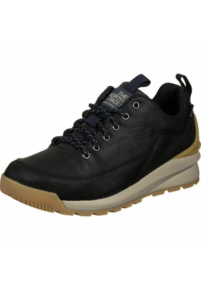 BACK TO BERKELEY - Sneakers - aviator navy brown