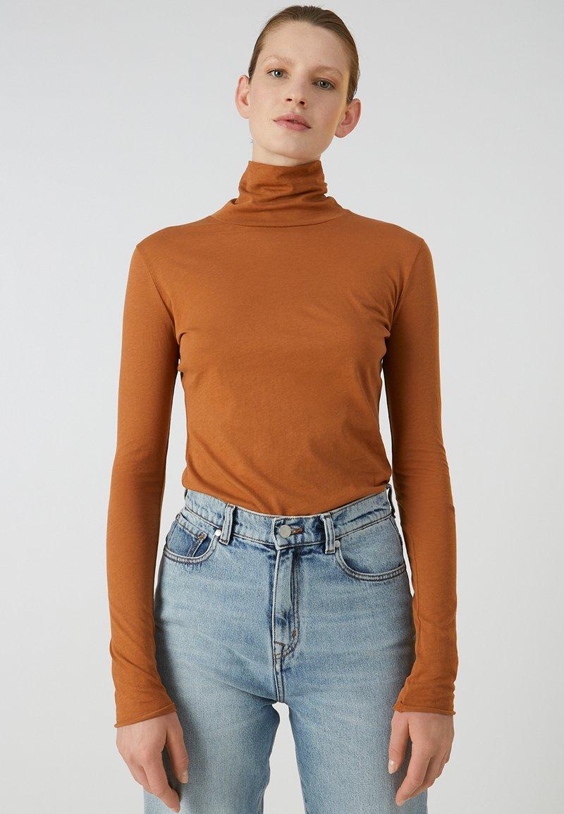 ARMEDANGELS - MALENAA - Long sleeved top - brown