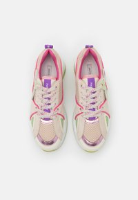 Fabienne Chapot - RISING STAR - Sneakersy niskie - trippy pink/pistache - 5
