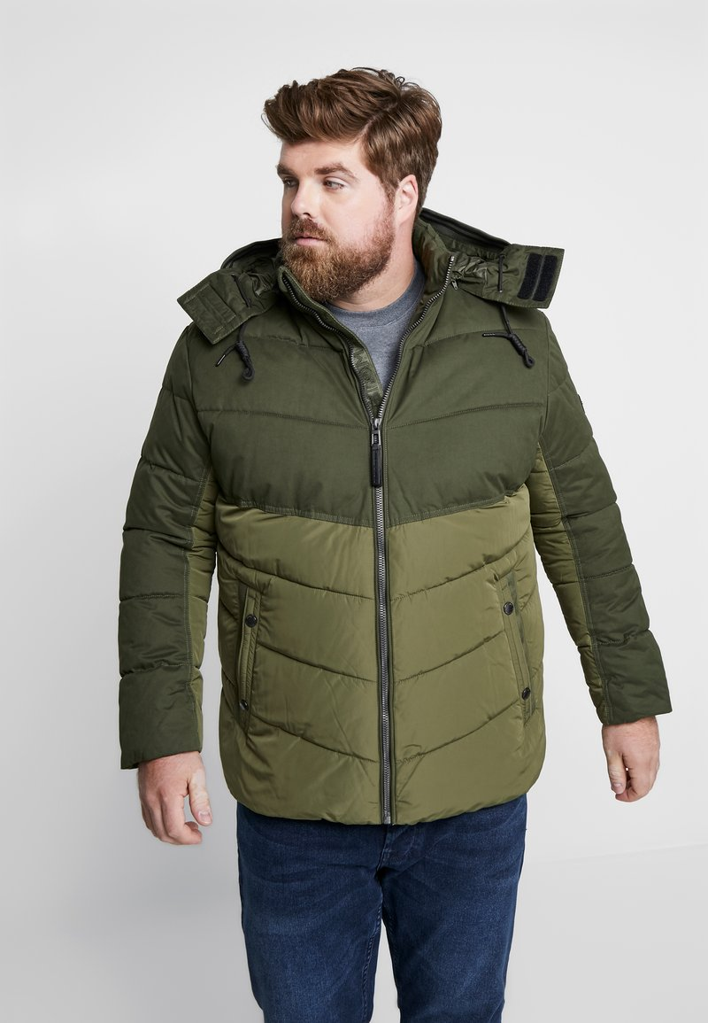 TOM TAILOR MEN PLUS - PUFFER JACKET WITH HOOD - Light jacket - olive drap