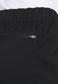 The North Face - CLASS JOGGER - Pantalon classique - black - 5
