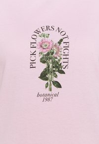 Missguided Petite - PICK FLOWERS NOT FIGHTS - Print T-shirt - baby pink - 2
