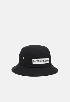 BUCKET INSTITUTIONAL UNISEX - Hat - black