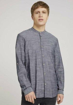 Shirt - navy chambray