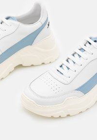 Joshua Sanders - EXCLUSIVE ZENITH CLASSIC DONNA - Trainers - white/artik touch - 6
