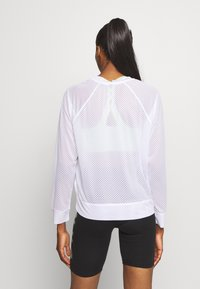 DKNY - HONEYCOMB CREW NECKLONG SLEEVE PULL OVER - T-shirt à manches longues - white - 2