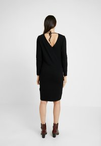 Boob - GRACE DRESS - Žerzejové šaty - black - 2