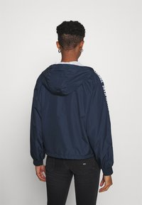 Tommy Jeans - TAPE SLEEVE  - Summer jacket - twilight navy - 2