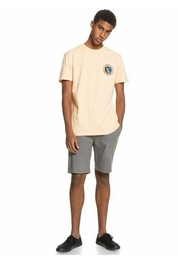 KRANDY  - Shorts - quiet shade