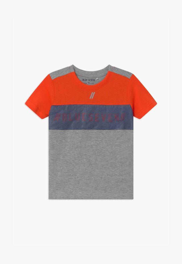 SMALL BOYS - Print T-shirt - orange