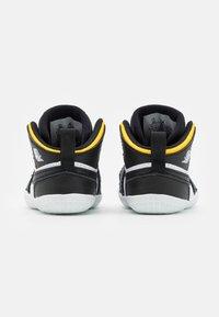 Jordan - 1 CRIB UNISEX - Sports shoes - black/white - 2