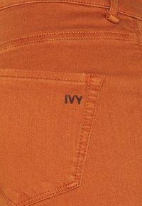 Ivy Copenhagen - TARA  VINTAGE - Jean flare - nuts - 2