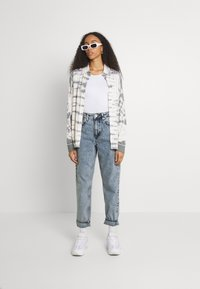 BDG Urban Outfitters - MOM - Jeans straight leg - acid wash blue - 1