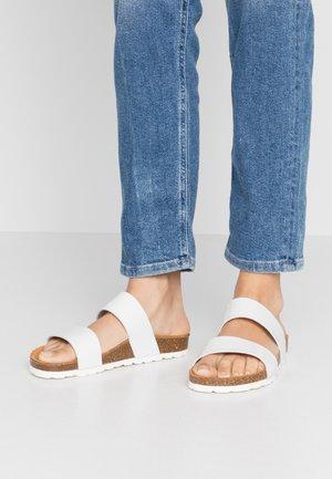 BIABETRICIA TWIN STRAP - Slippers - white