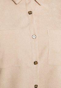 Missguided Plus - PLUS MINI BUTTON RAW HEM - Button-down blouse - cream - 2