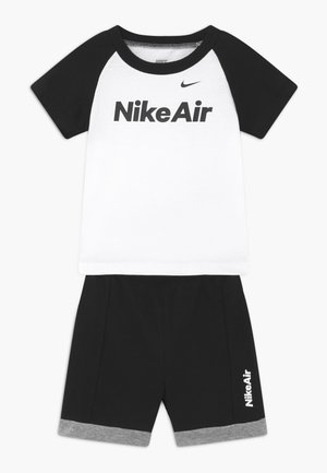 AIR FRENCH BABY SET  - Stoffhose - black