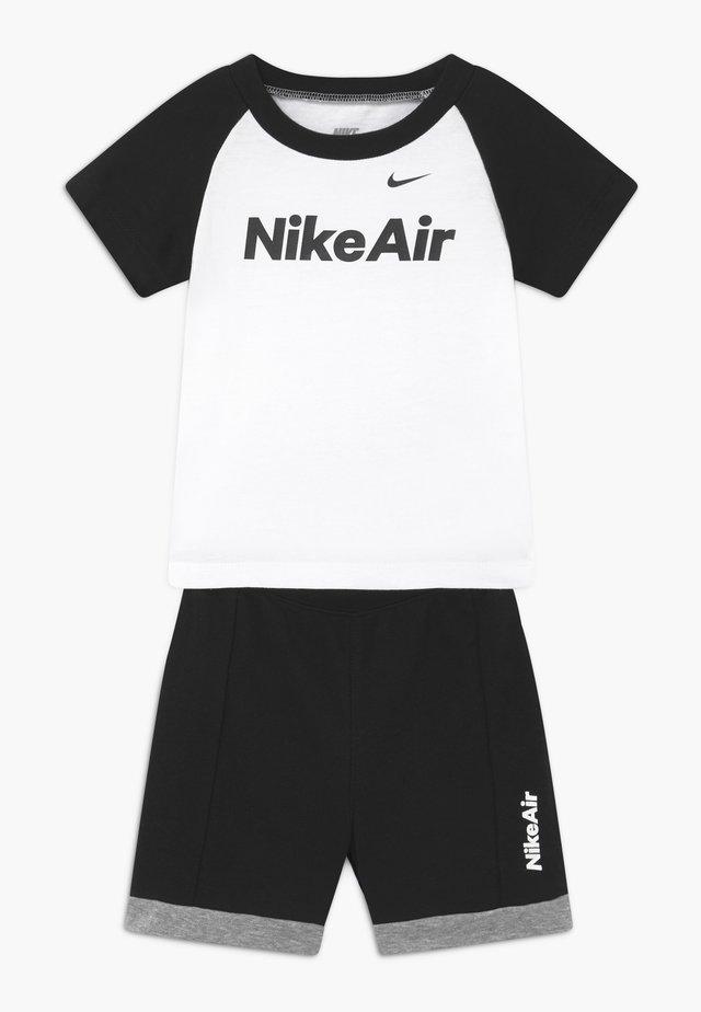 AIR FRENCH BABY SET  - Broek - black