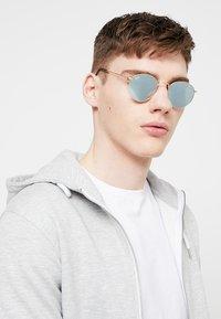 Ray-Ban - Sunglasses - gold-coloured - 1