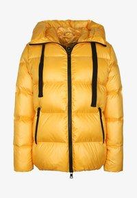 No.1 Como - LINDA - Down jacket - sun - 4