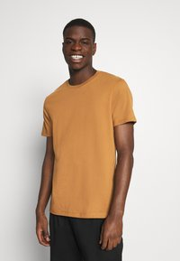 Burton Menswear London - 3 PACK - Basic T-shirt - khaki - 1