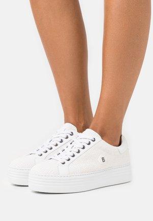 ORLANDO  - Baskets basses - white