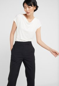 3.1 Phillip Lim - STRUCTURED PANT - Bukse - black - 4