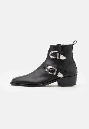 HOMBRE CUBAN - Kovbojské/motorkářské boty - black