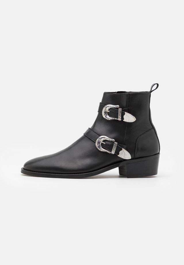HOMBRE CUBAN - Cowboy/biker ankle boot - black
