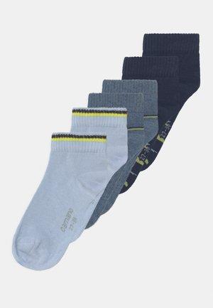 QUARTERS 6 PACK - Socks - blue