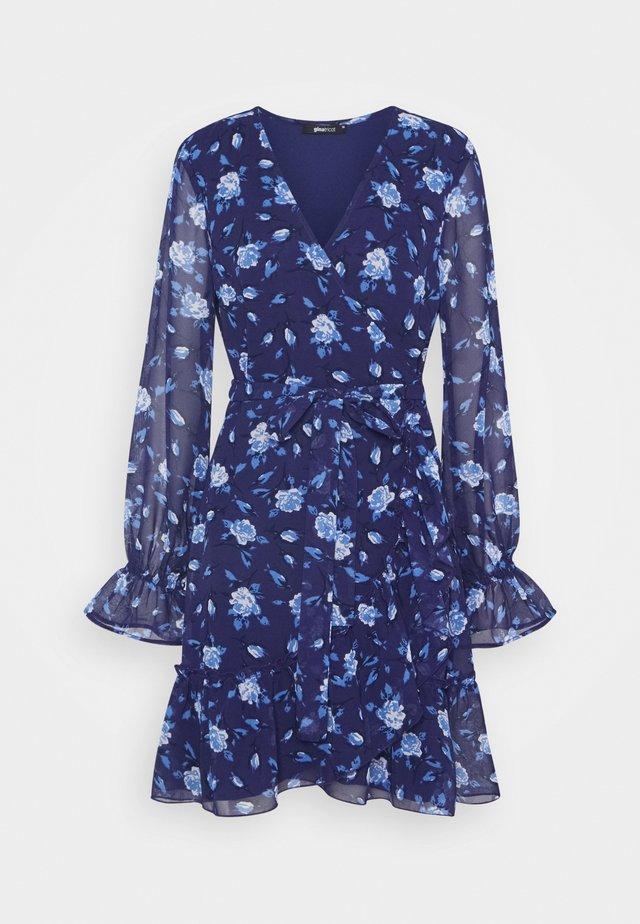 JULIANNA WRAP DRESS - Denní šaty - navy