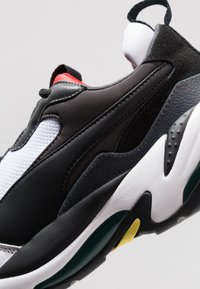 Puma - THUNDER SPECTRA - Trainers - black/high risk red - 5