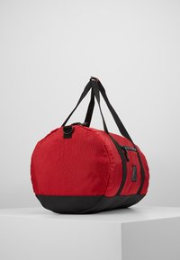 Jordan - DUFFLE - Sports bag - gym red - 4