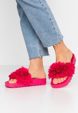 SLIDE FLOWER  - Mules - fuxia