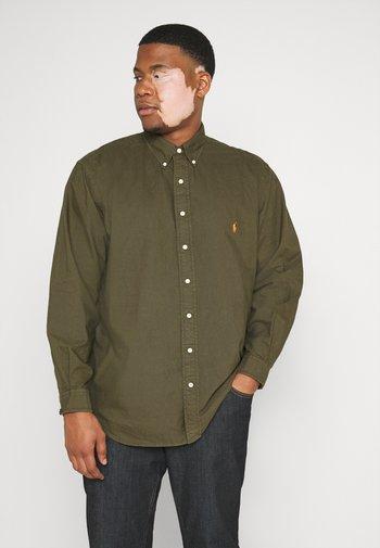 LONG SLEEVE SPORT SHIRT - Shirt - defender green