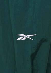 Reebok - PANT IN - Tracksuit bottoms - forest green - 3