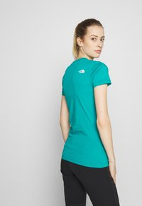 The North Face - WOMENS EASY TEE - Triko s potiskem - jaiden green - 2