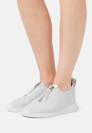 MELISSA  - Trainers - silver