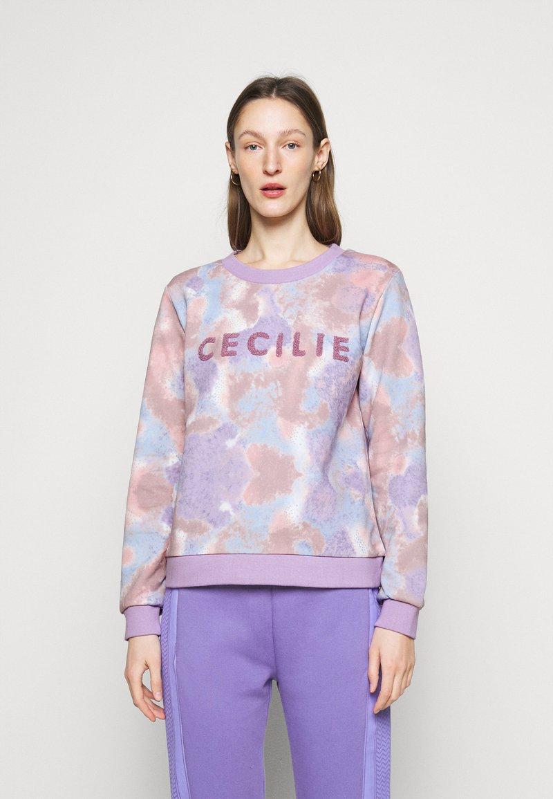CECILIE copenhagen - MANILA SPRAY - Sweatshirt - violette