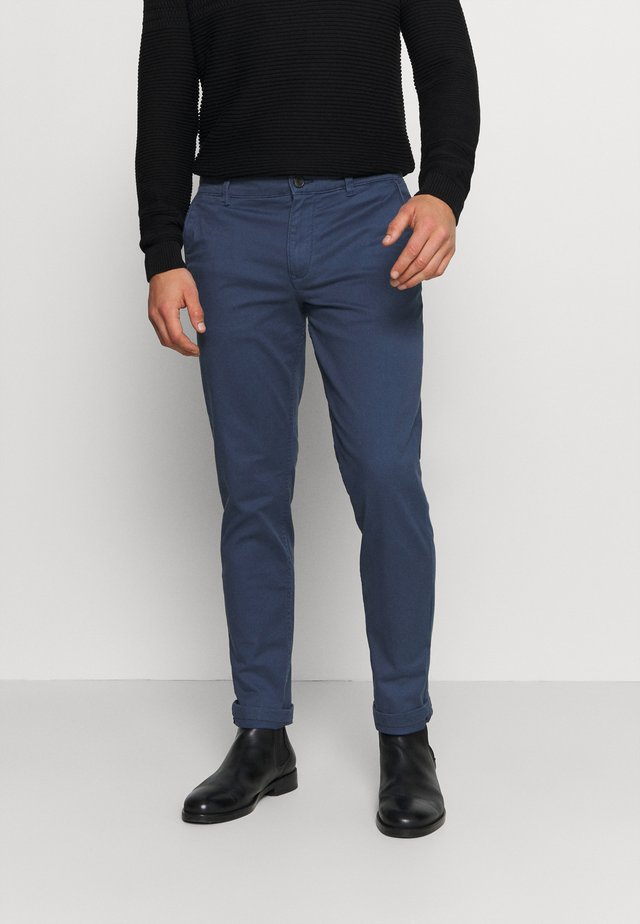 SLHSTRAIGHT NEWPARIS FLEX PANTS  - Chinot - insignia blue