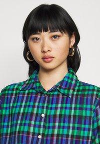GAP Petite - EVERYDAY - Camicia - blue/green - 3