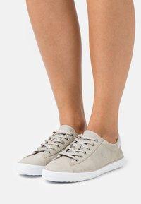 Esprit - MIANA - Sneakers laag - light grey - 0