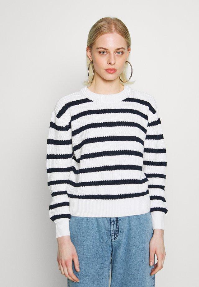 MIKALA JUMPER - Sweter - navy blazer