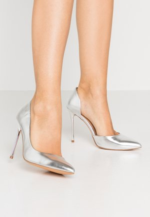 High Heel Pumps - silver