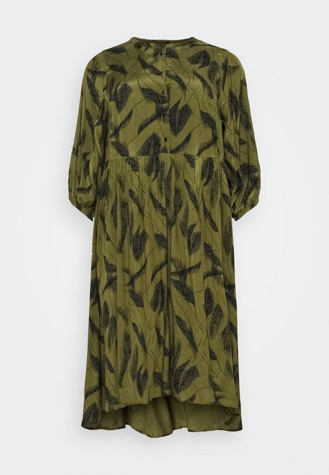 DARLA DRESS - Hverdagskjoler - capulet olive