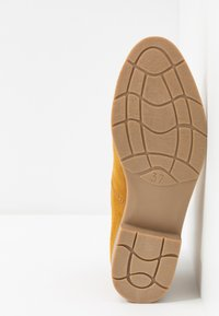 Marco Tozzi - Ankle Boot - mustard - 6
