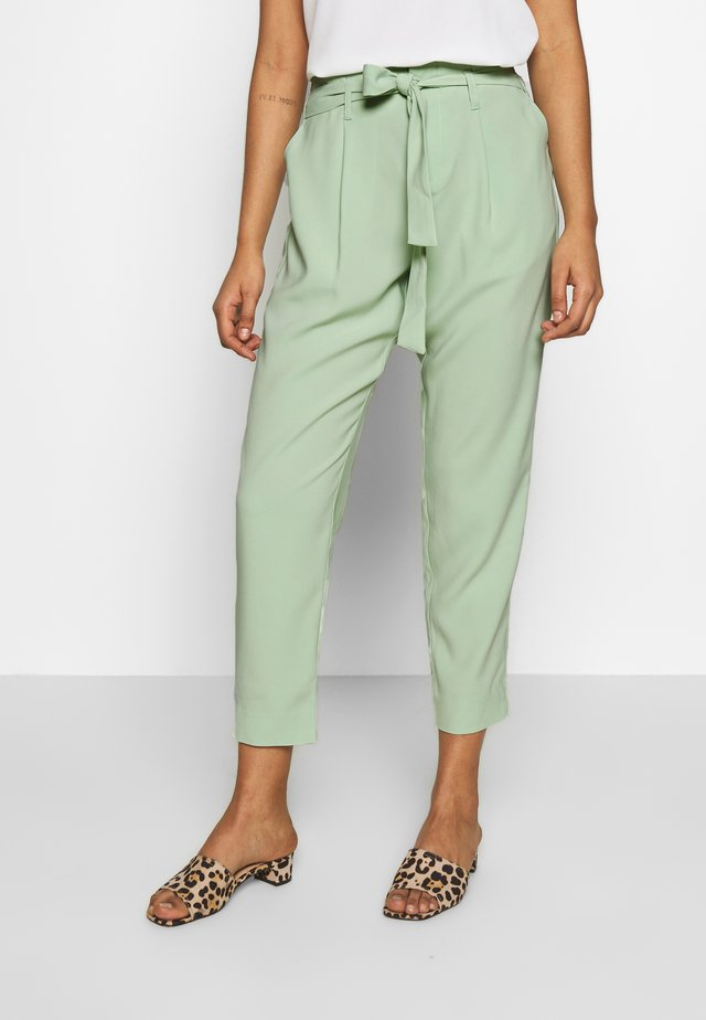 ANDREASZ PANTS - Trousers - army green