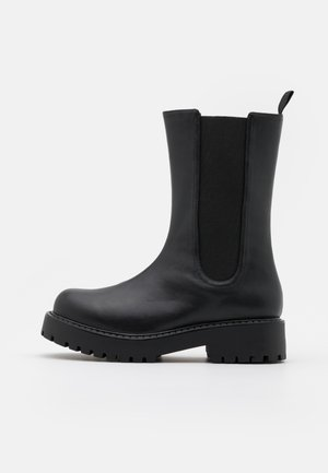 VEGAN MADDIE BOOT - Platform boots - black